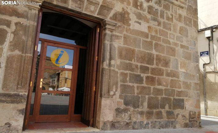 Entrada a la oficina de turismo de Ágreda. /SN