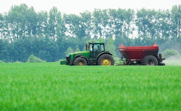 Foto 1 - La Junta amplía en 66 M€ las ayudas para la incorporación de jóvenes agricultores y para inversiones en explotaciones agrarias