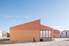 Foto 3 - El centro social de Noviercas, finalista de los Premios FAD Arquitectura 2020