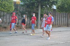 Foto 7 - FOTOS: La afición y la ilusión inundan la entrada al estadio