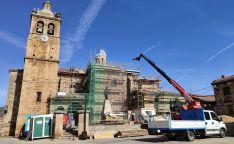 Intervención en el templo parroquial de El Royo. /DOS