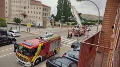 Foto 6 - Fotos: El viento se lleva la cabeza de un semáforo en Soria