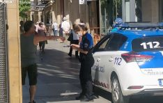 La Policía Local de Soria informa a un ciudadano que no portaba mascarilla.