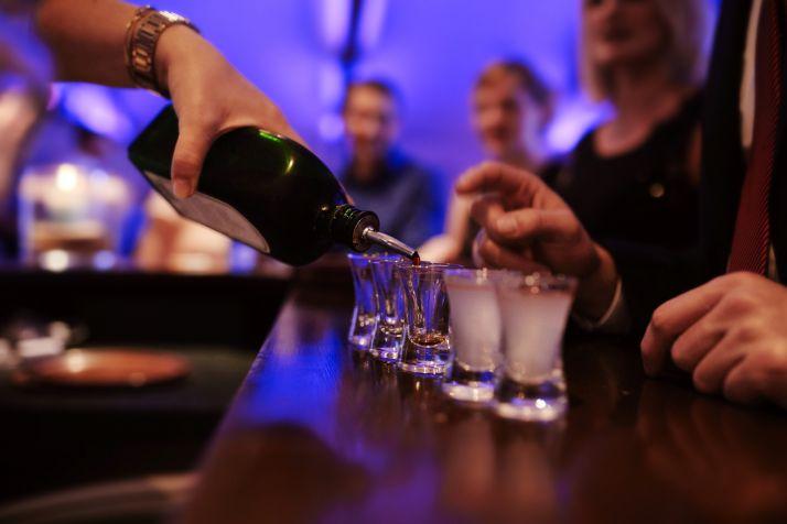 Foto 1 - Los bares y discotecas de Castilla y León tendrán toque de queda