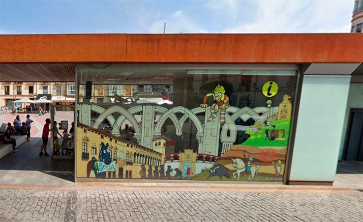 Imagen de la oficina municipal de turismo, en Mariano Granados.