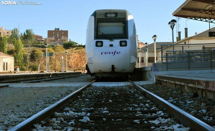 Un tren estacionado en la estación del Cañuelo, en la capital. /SN