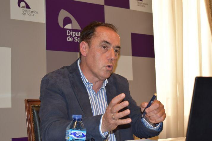 Benito Serrano durante la rueda de prensa. /Diputación