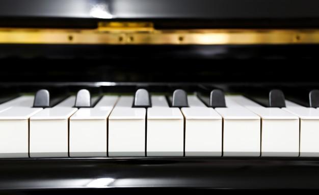 Foto 1 - Concierto de piano este mediodía en el Santa Bárbara