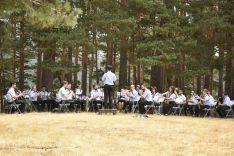 Foto 7 - GALERÍA: La banda de Duruelo de la Sierra 'da la nota' en Castroviejo