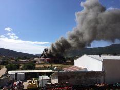 Fuego en una nave en Ólvega