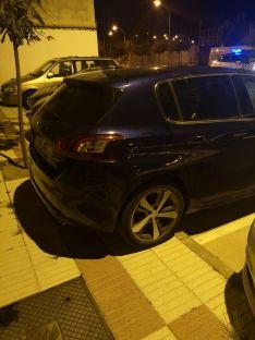 Foto 3 - Un conductor borracho se lleva varios vehículos aparcados en Soria