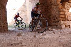 David Valero y Sergio Mantecón ganan en El Burgo de Osma en la Colina Triste UCI 2020