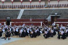 Foto 6 - GALERÍA: Orquesta de malabares con la Banda Municipal