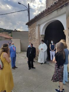 Foto 5 - El Obispo visita Fuentes de Ágreda y bendice las obras de rehabilitación de la parroquia