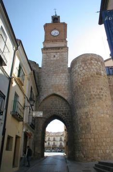 Puerta medieval de la Villa.