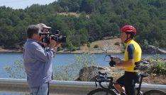 Vuelta a España: Perico Delgado sube a la Laguna Negra para RTVE
