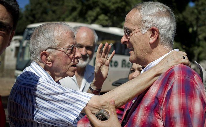Casaldáliga (izda.) y Eduardo Lallana, fundador de la ONG. /TsM