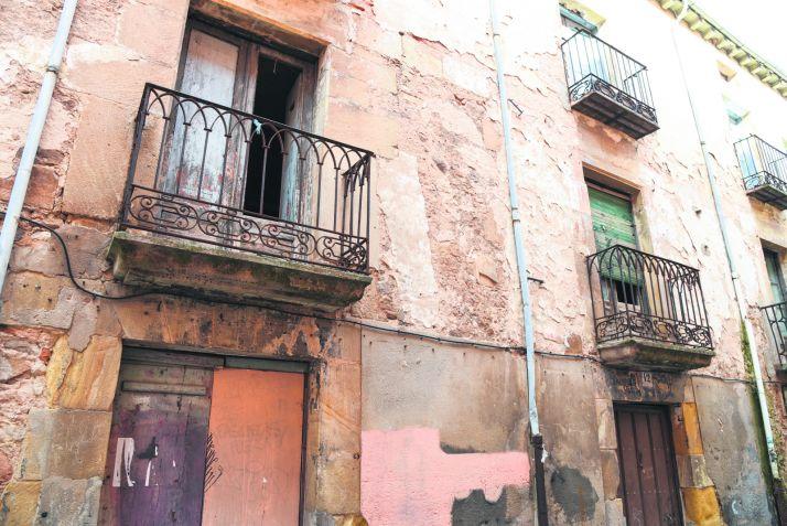 Foto 1 - El PP insiste en actuar sobre los edificios ruinosos de la capital