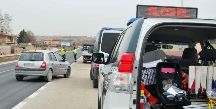 Un control de alcoholemia en una carretera de la provincia. /SN
