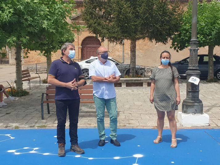 Foto 1 - Miguel Latorre recomienda a Muriel Viejo la creación de una Agrupación Local de Voluntarios de Protección Civil