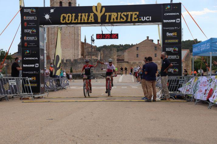 Foto 2 - David Valero y Sergio Mantecón ganan en El Burgo de Osma en la Colina Triste UCI 2020
