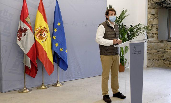 El presidente en su visita a la comarca de El Bierzo. /Jta.