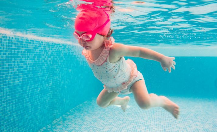 Almarza disfruta sus piscinas con todas las medidas de seguridad