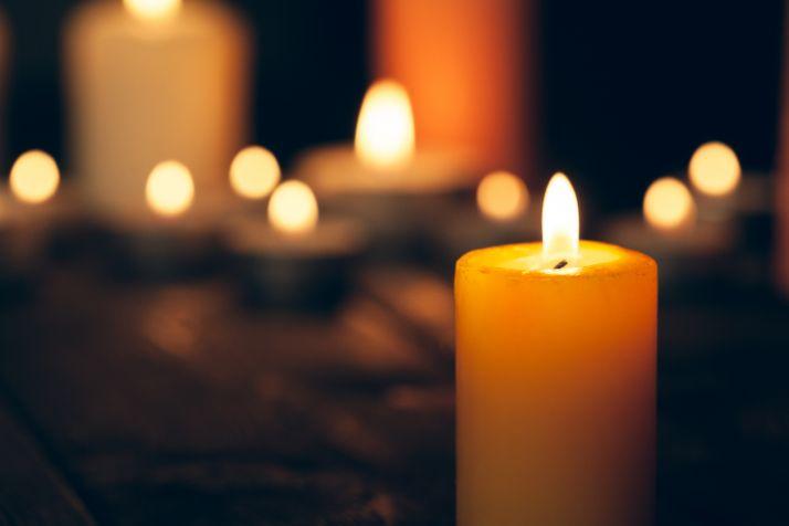 Foto 1 - Covaleda organiza una velada para homenajear a los fallecidos en 2020