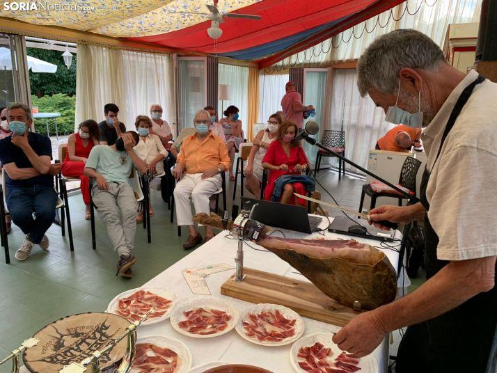 Foto 1 - GALERÍA: Bretún y el jamón más valioso del mundo