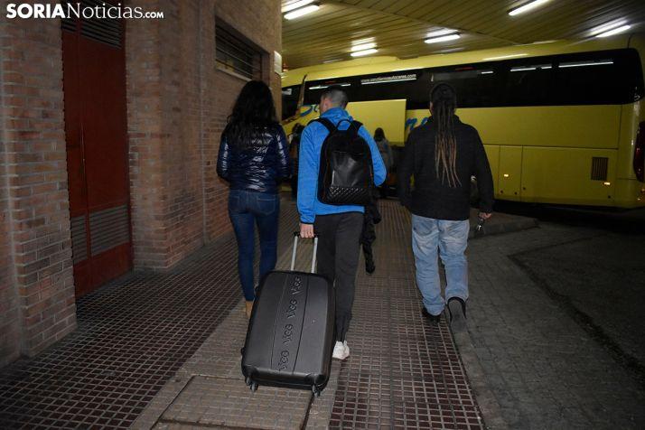 Los jóvenes se van de Soria después de cada fin de semana.