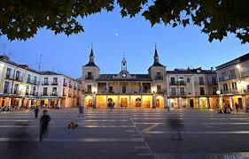 Foto 1 - El Ayuntamiento de El Burgo convoca las subvenciones para la natalidad