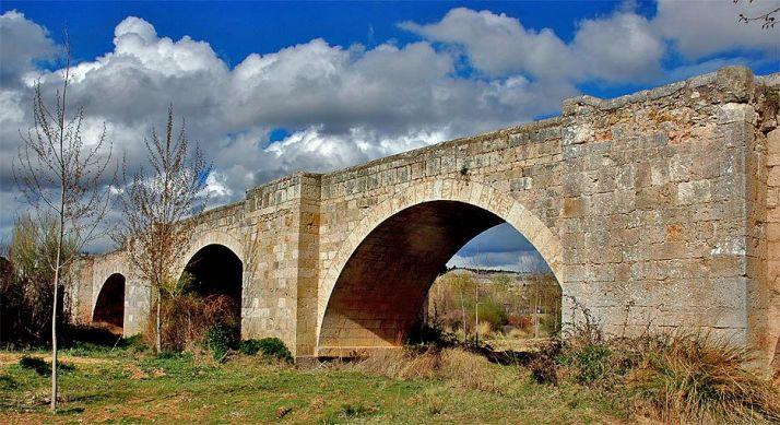 Puente de Langa de Duero.