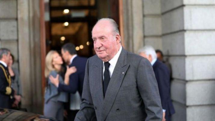 Foto 1 - El Rey Juan Carlos abandona España ante la presión judicial y política