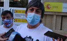 Nacho Palomar, portavoz de la plataforma este miércoles ante la sede de la Subdelegación. /SN