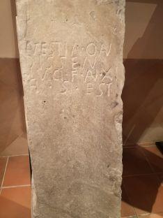 Foto 2 - Patrimonio autoriza el traslado de estelas funerarias de Tierras Altas para una exposición en Bergara: ¿Pero para cuándo un centro de interpretación?