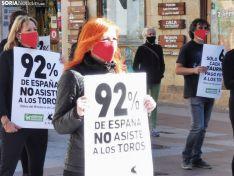 Foto 3 - AnimaNaturalis protesta en Soria contra las subvenciones concedidas por la Junta al sector taurino