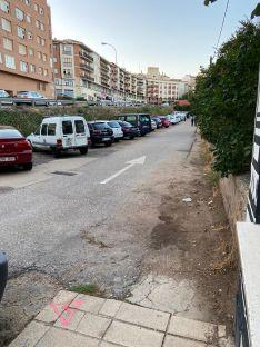 """El PP municipal denuncia el """"lamentable"""" estado de la calle Puerta de Nájera"""