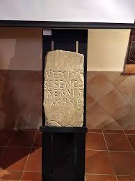 Patrimonio autoriza el traslado de estelas funerarias de Tierras Altas para una exposición en Bergara: