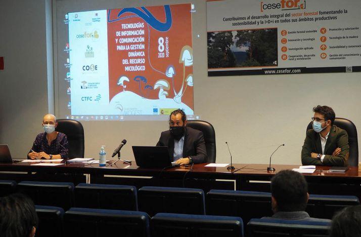 Imagen de la apertura del seminario.