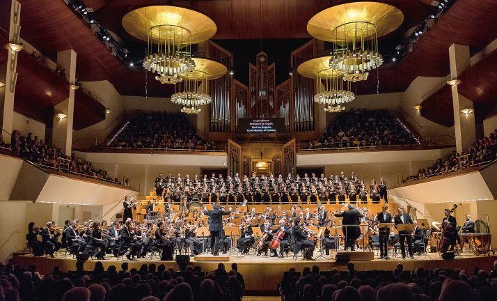 El Coron Nacional de España en una de sus actuaciones.