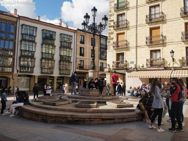 La plaza de la Tarta en la jornada de ayer, lunes, al mediodía.
