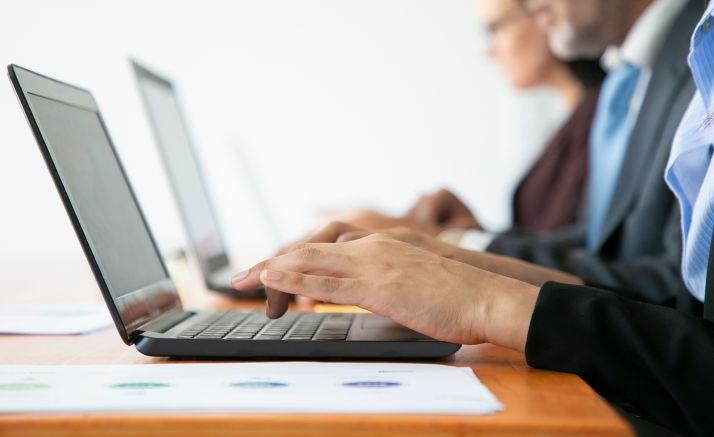 Foto 1 - La Diputación renueva la mitad de sus ordenadores