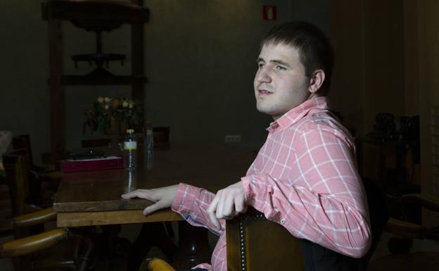 Foto 1 - Un licenciado de la UVa, primer ciego de nacimiento en acceder a la carrera judicial