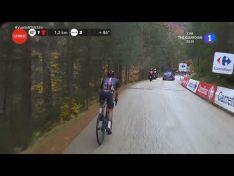 Foto 6 - Vuelta a España: Dan Martin gana en Soria en la inédita subida a la Laguna Negra