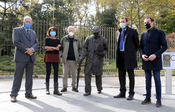 Inauguración de la estatua de Miguel Delibes.
