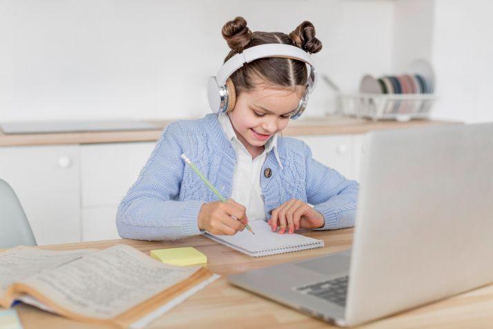 Foto 1 - Los centros educativos podrán solicitar la acreditación 'CoDiCe TIC' hasta el 23 de octubre