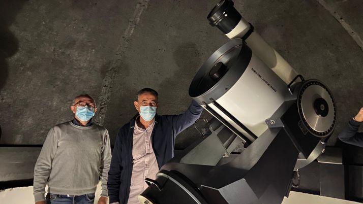 José Javier Gómez y Antonio Pardo en el Observatorio de Borobia.