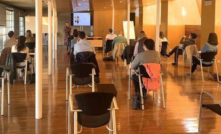 Foto 1 - Los empleados municipales se forman en igualdad para incluir la perspectiva de género en su labor