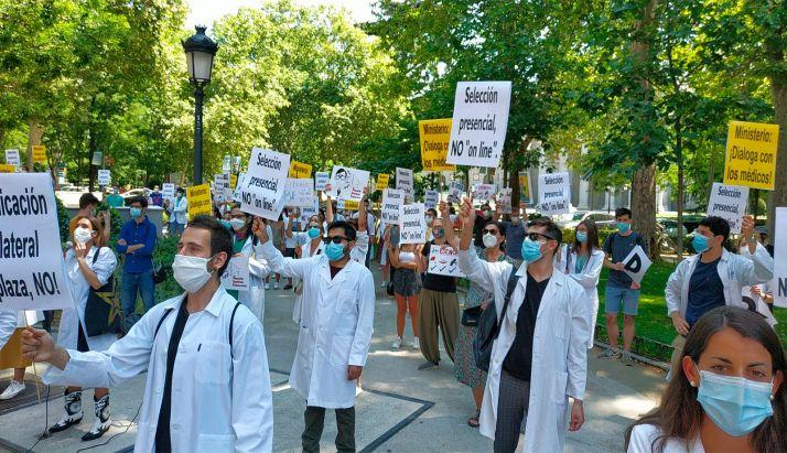 Foto 1 - CESM convoca huelga nacional de médicos para el 27 de octubre