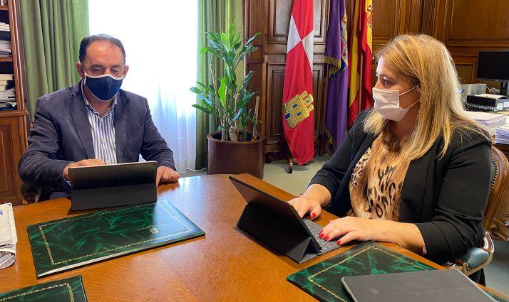 Serrano y Jiménez en la reunión online de la FRMP celebrada este lunes. /Dip.